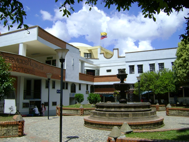 Plaza Peñol 2